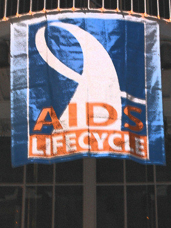 AIDS/Life Cycle